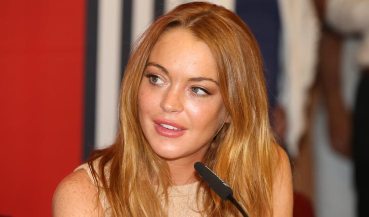 Lindsay Lohan bei der Pressekonferenz zum  in der PlusCity in Linz / 260714 ***Lindsay Lohan attends the press conference for the upcoming White Festival at shopping mall PlusCity in Linz, July 26th, 2014***