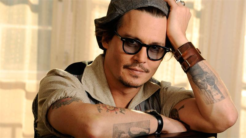 Dzhonni-Depp-Biografiya