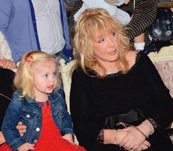 алла пугачёва и максим галкин и их дети фото 2016