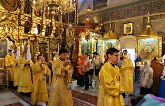 Молитвы перед причастием и исповедью православные