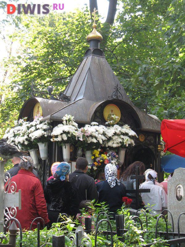 Могила Св.Матроны Московской
