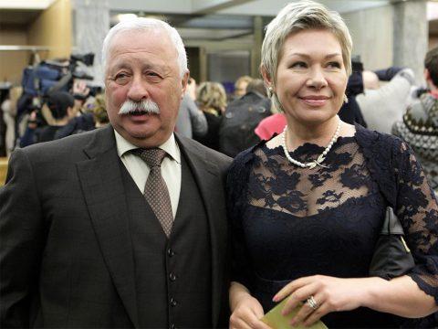 Леонид Якубович биография, личная жизнь, жена, дети (фото и видео)
