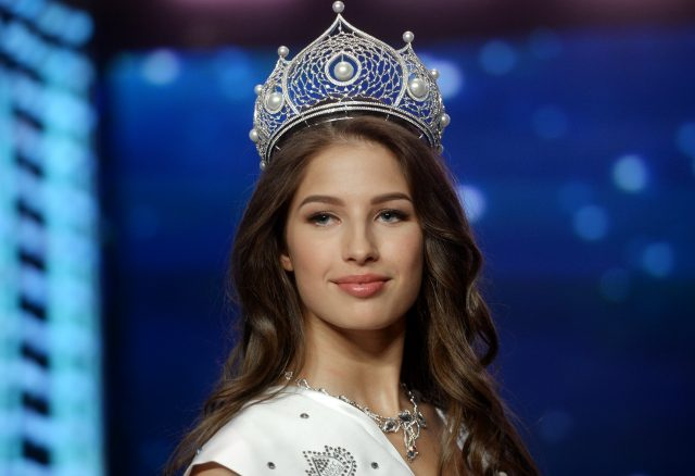 Тюменская красавица едет наконкурс «Мисс мира» с6 чемоданами