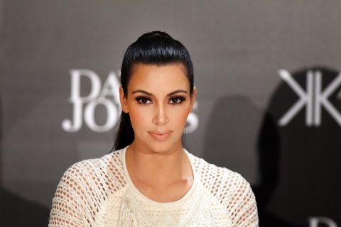 cu-kim-kardashian-promotes-for-the-kardashian-kollection-handbag-range-in-sydney-03