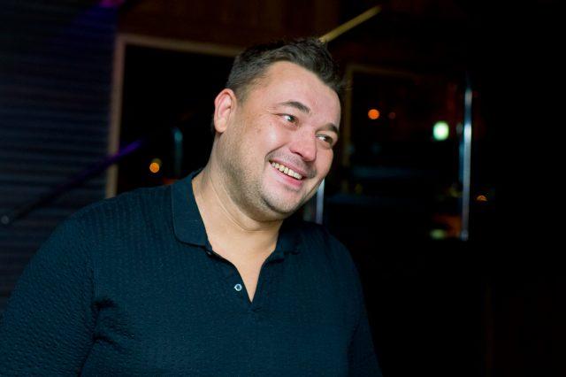 Сергей Жуков из «Руки Вверх» презентовал скандальный клип с престарелыми звездами