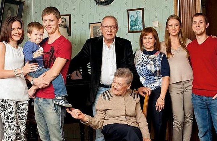 Актер Юрий Никулин: биография, личная жизнь, семья, дети фото