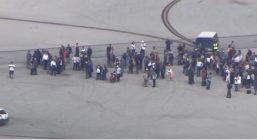 Неизвестный открыл стрельбу в аэропорту Флориды