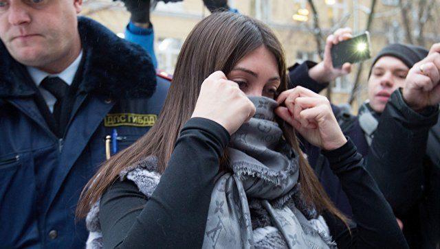 Стритрейсерша Мара задержана в Москве за грубое нарушение ПДД