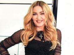 Мадонне разрешили усыновить двоих детей