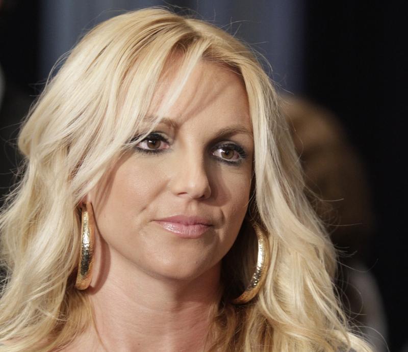 Бритни Спирс отреагировала на слухи о беременности