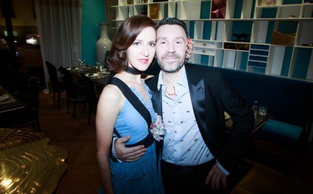 Жена Сергея Шнурова трогательно поздравила мужа с днём рождения