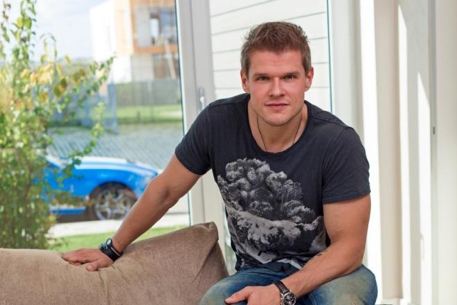 Актер Владимир Яглыч биография личная жизнь семья жена дети фото