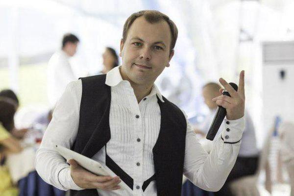 Сумишевский Ярослав: биография, личная жизнь, фото жены