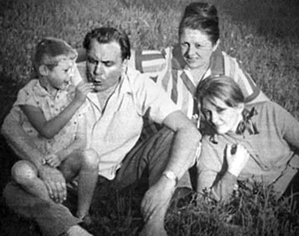 Евгений Матвеев: биография, личная жизнь, дети