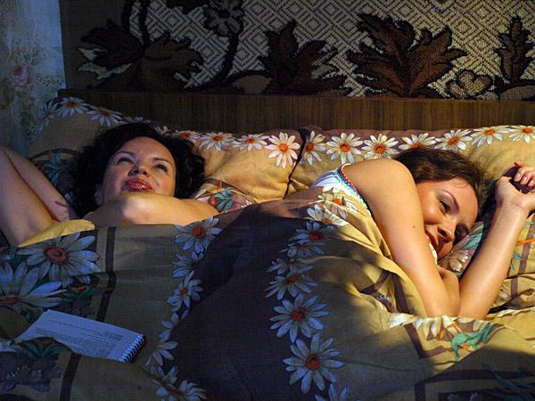 Елена сыграла роль героини Анны в многосерийном фильме «Любовь и разлука»