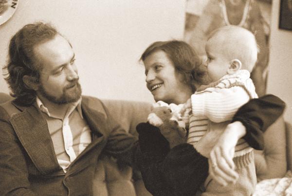 Ольга Корбут с мужем Леонидом Борткевич и сыном