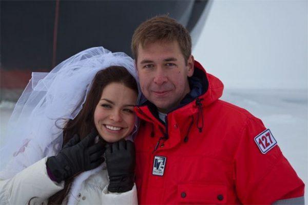 Илья Новиков с женой Анной Шутовой
