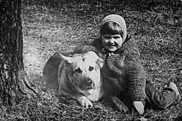 Ксения Рус (Кузнецова) в детстве