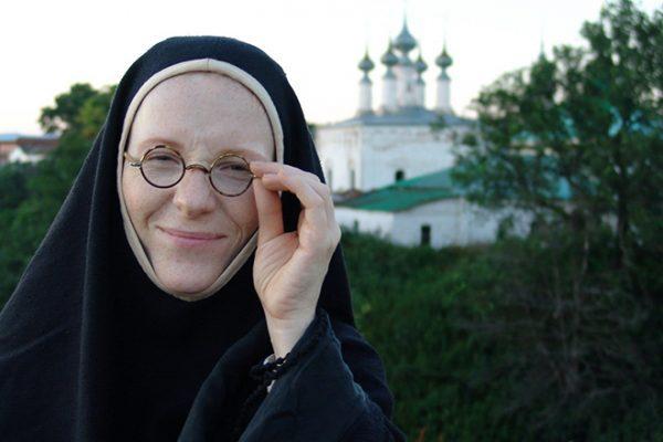 """Полина Кутепова в фильме """"Пелагеяи белый бульдог"""""""