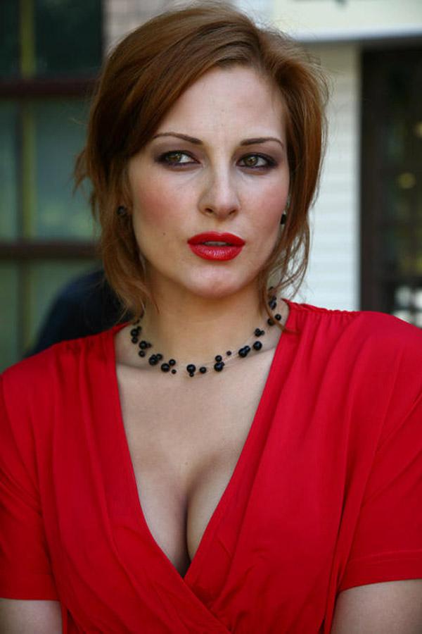 Актриса Нина Гогаева