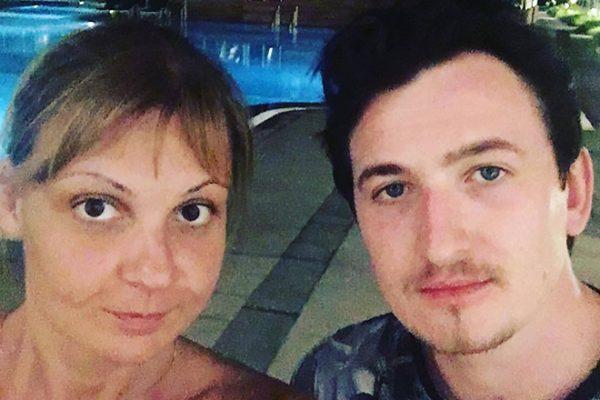 Влад Кадони со своей девушкой