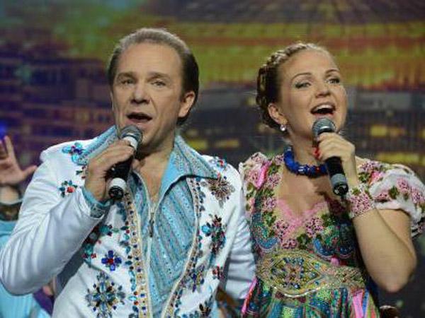 Марина Девятова с отцом на концерте