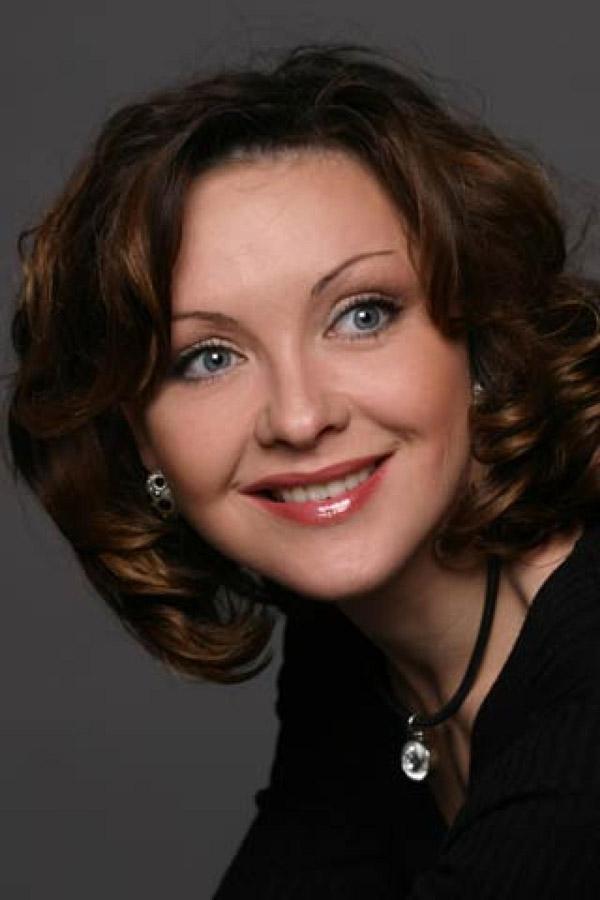 Ксения Энтелис принимает участие в театральных постановках