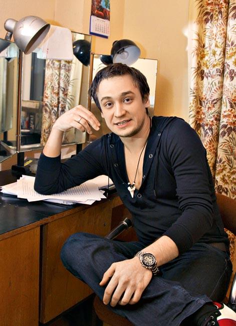 Актер Кирилл Жандаров: фото