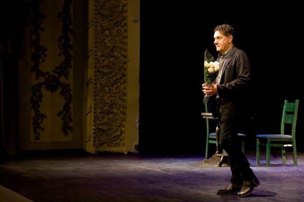 Маковецкий Сергей Васильевич долгое время работал в театре
