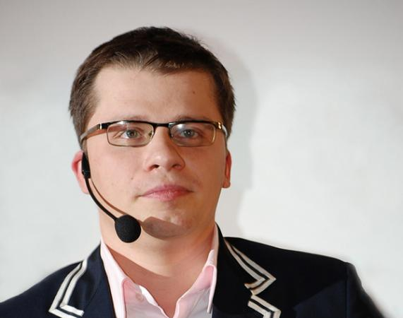 Игорь Юрьевич Харламов