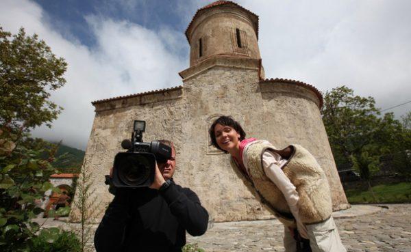 "Анастасия Чернобровина на съемках программы ""Моя планета"""