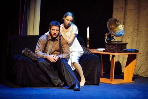Кирилл Сафонов на сцене театра