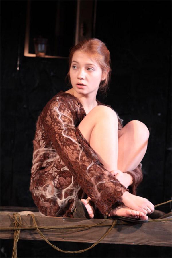 Мария Луговая на сцене театра