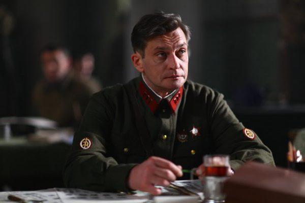 """Александр Домогаров в фильме """"Убить Сталина"""""""