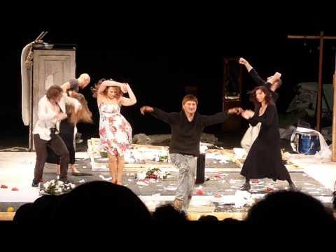 Марьяна Спивак в театре
