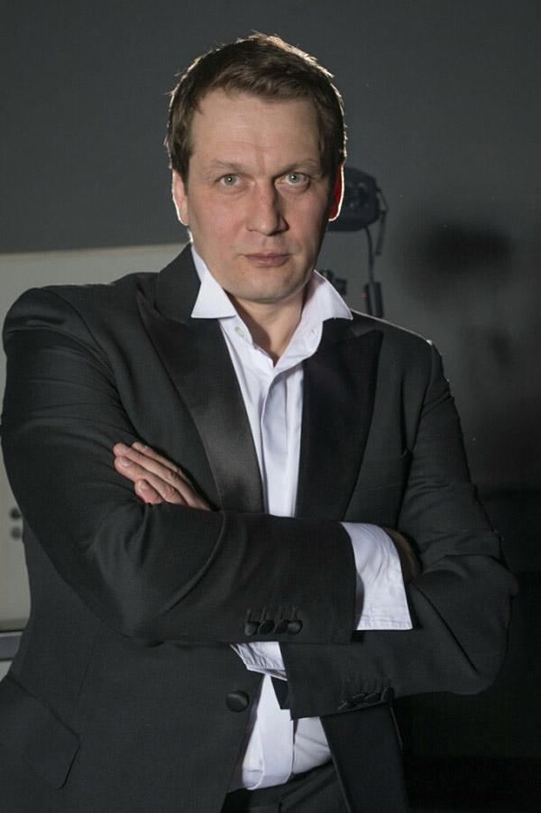 Актер Павел Новиков сейчас
