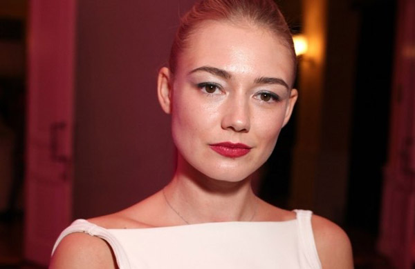 Актриса Оксана Акиньшина
