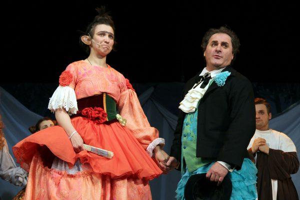 Олеся Железняк на сцене театра