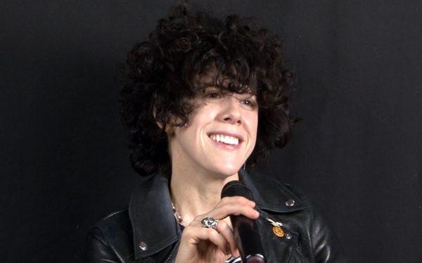 Известная певица Лаура Перголицци