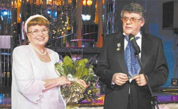 Александр Ширвиндт с женой Натальей Белоусовой