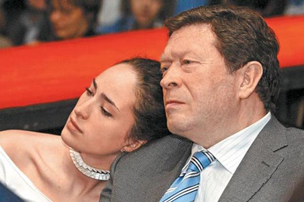 Георгий Мартиросян с дочерью Елизаветой