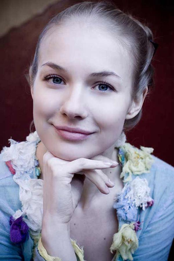 Актриса Елена Аросева
