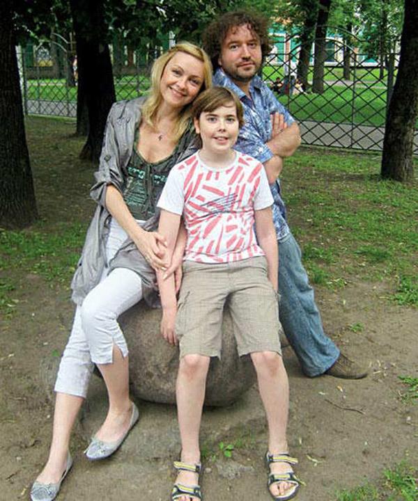 Ксения Энтелис с первым мужем Александром Виста и сыном
