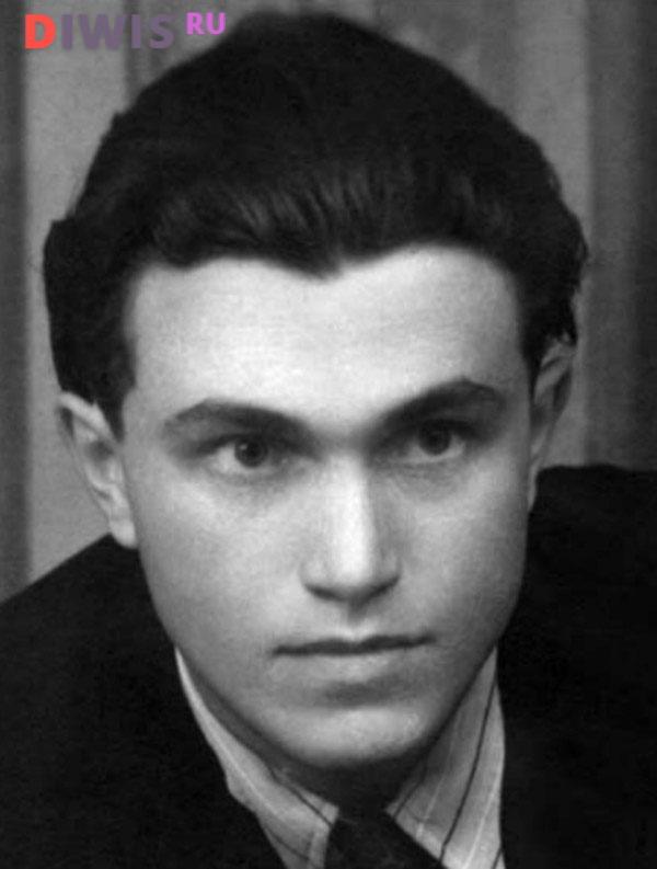В.П.Аксенов