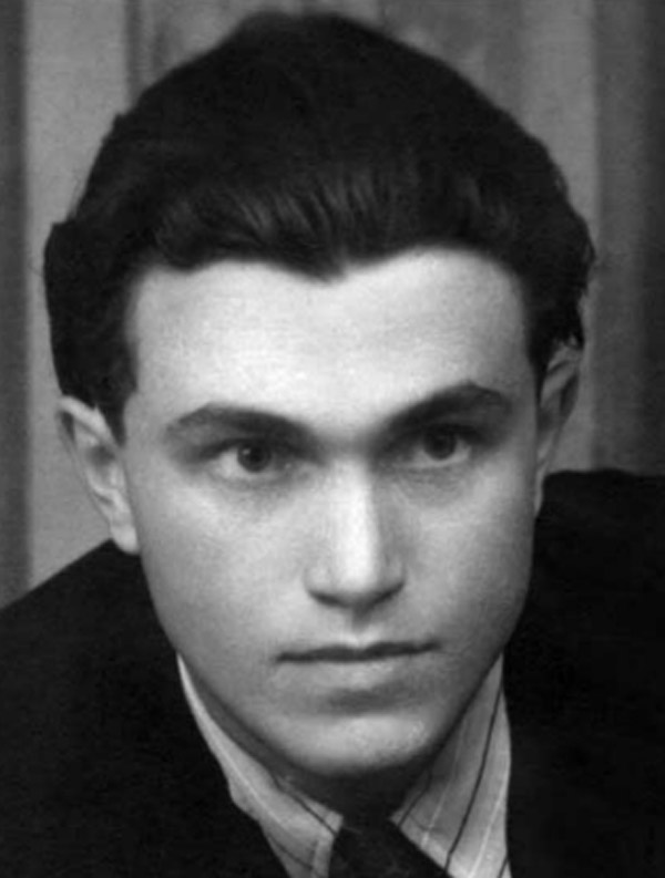Василий Аксенов в молодости