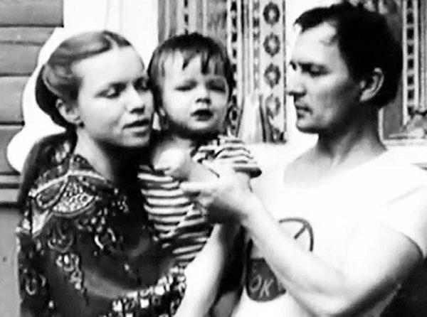 Валентина Теличкина и Владимир Гудков с общим сыном