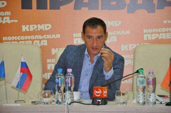 Роман Бабаян дает интервью