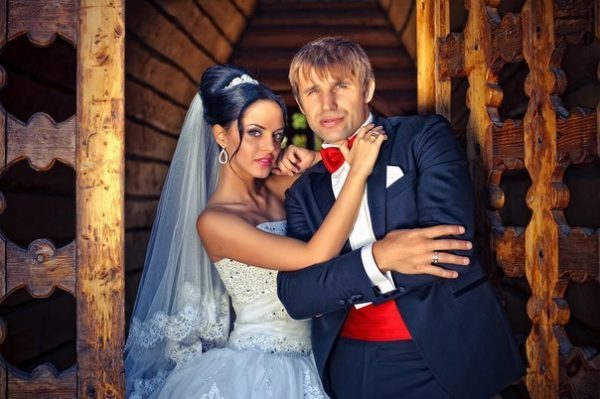 Тимур Ефременков с женой Юлией Кириенко