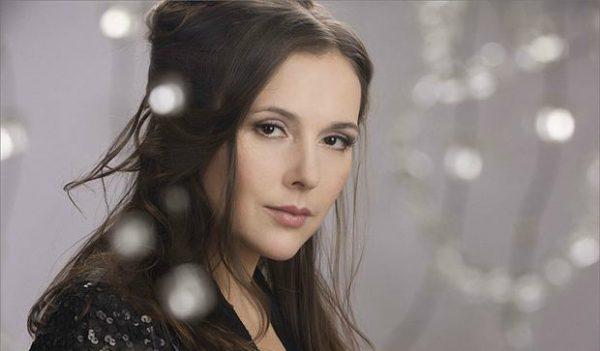 Красивая женщина Елена Панова