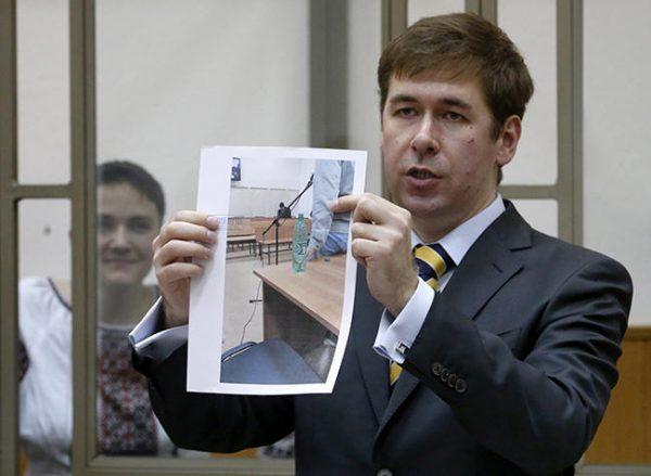 Илья Новиков защищал в суде Надежду Савченко